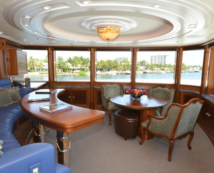yacht Gallant Lady Interior