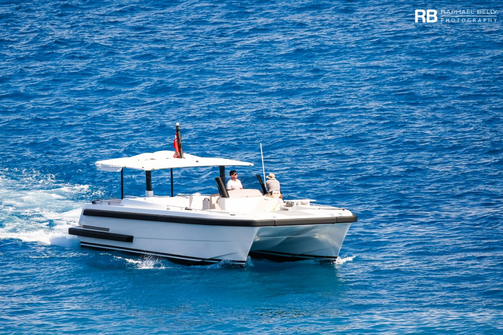Tender To Rising Sun yacht (Rising Sun Cat) – 10,68m – Compass Tenders