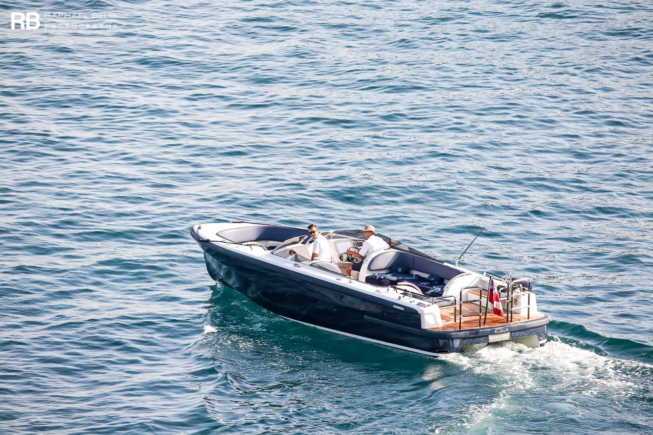 Tender To Symphony (Open Limousine) – 9,6m – Pascoe