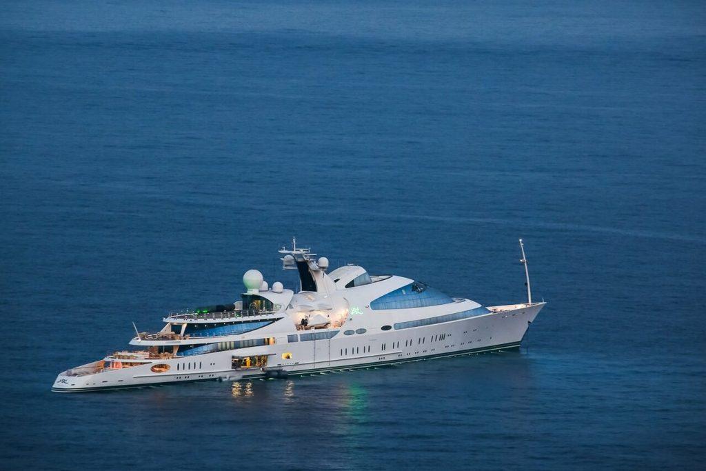 Yas yacht - 141m - Abu Dhabi Mar (ADM) Shipyard