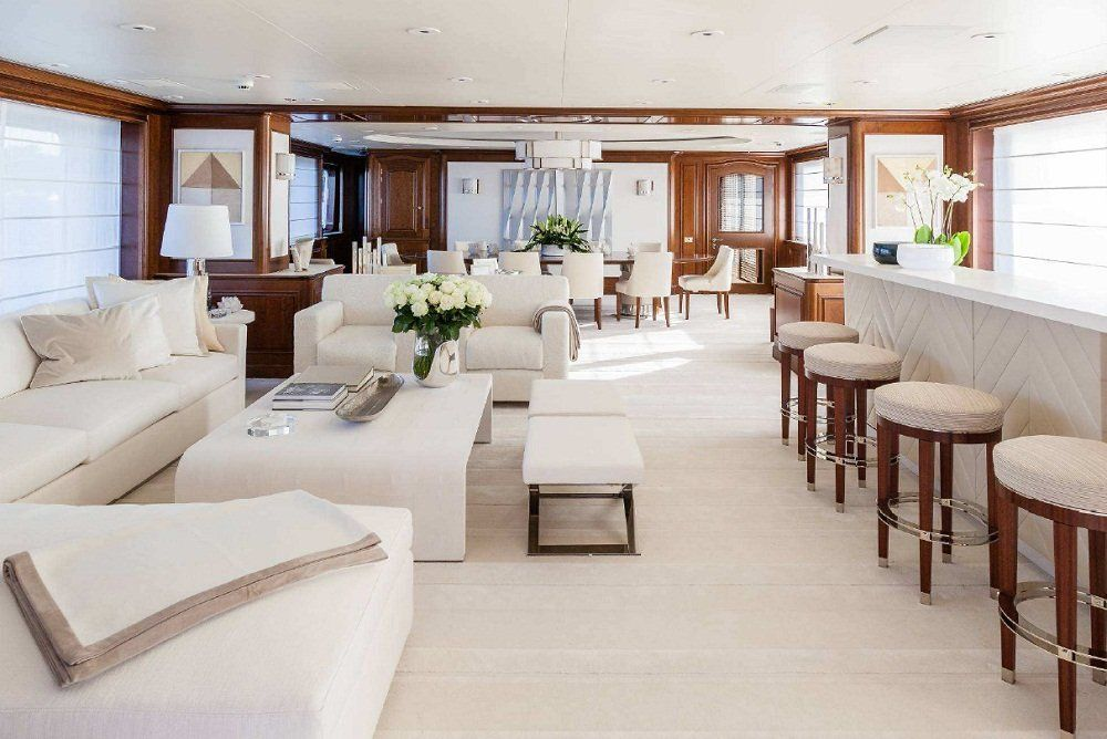 yacht Faith interior
