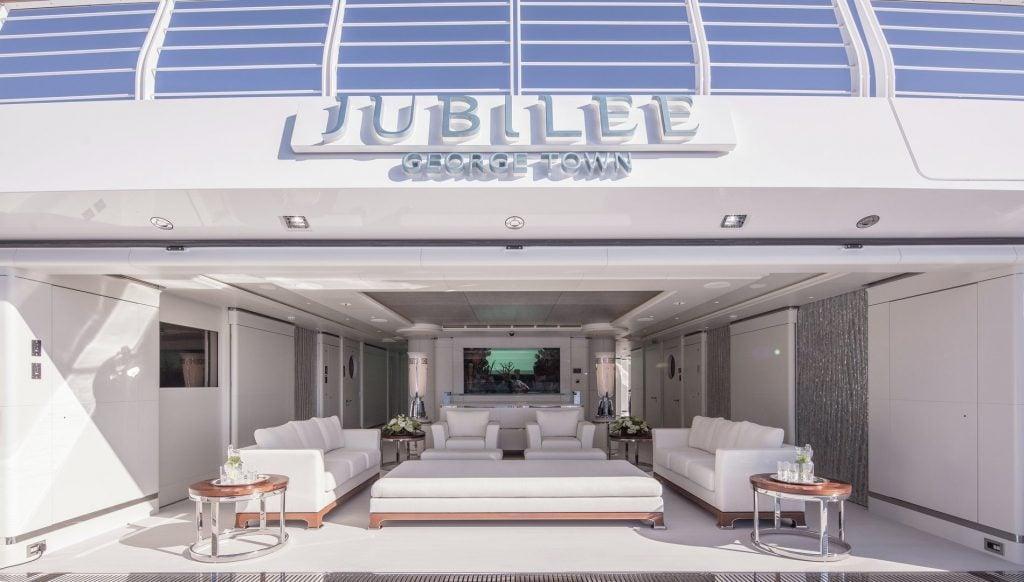yacht Jubilee interior