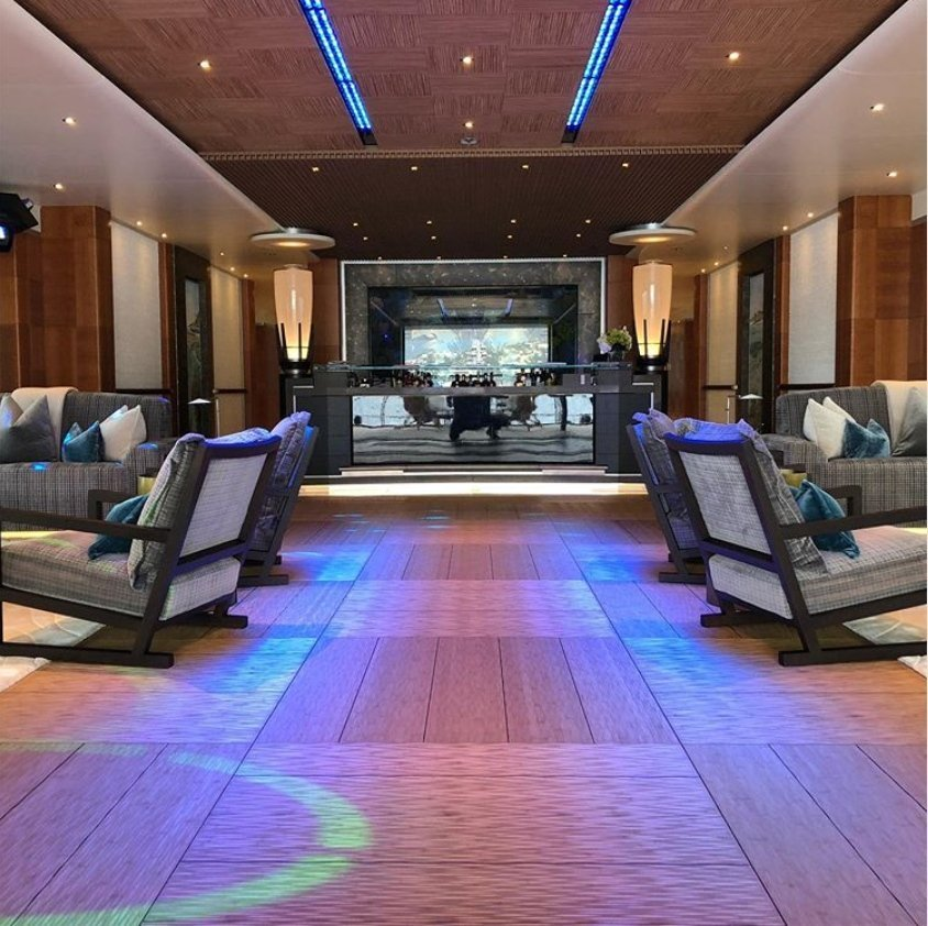 yacht Barbara interior