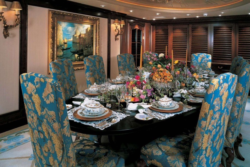 yacht-flag-interior (