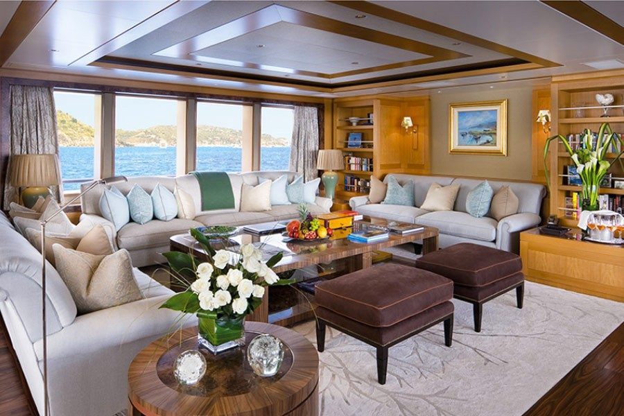 Yacht Hampshire II interior