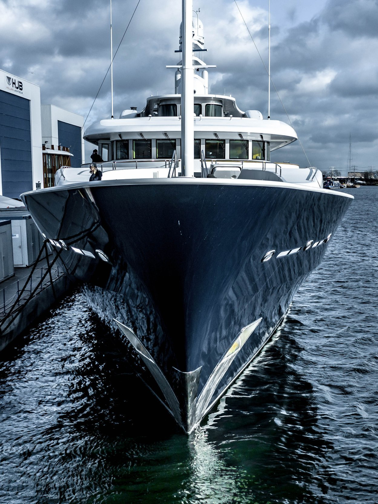 Archimedes yacht
