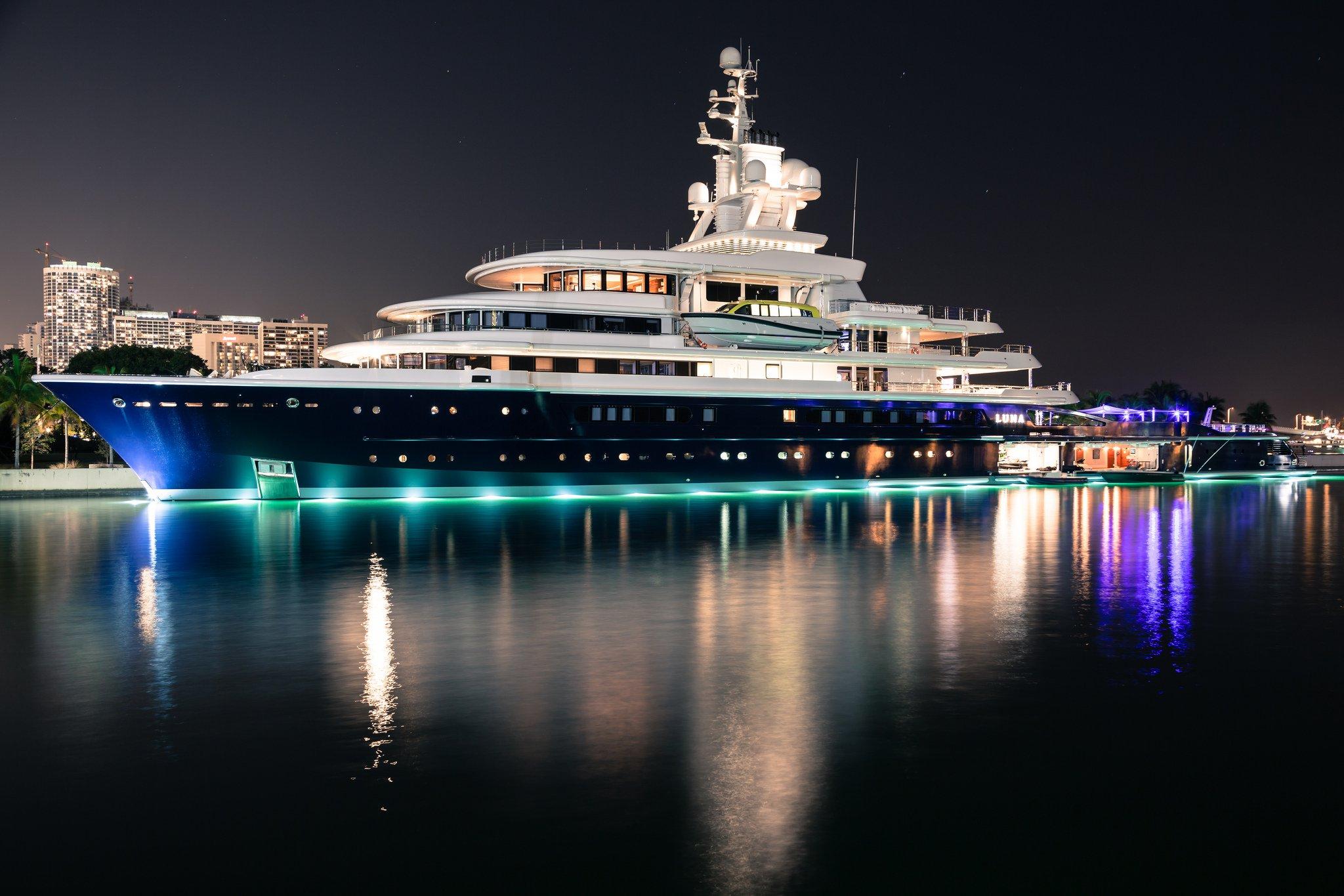 Luna yacht – 115m – Lloyd Werft - Farkhad Akhmedov