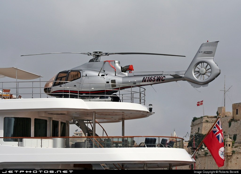 N165WC helicopter tt Attessa