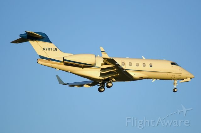 N797CB – Bombardier – Charles Butt private jet
