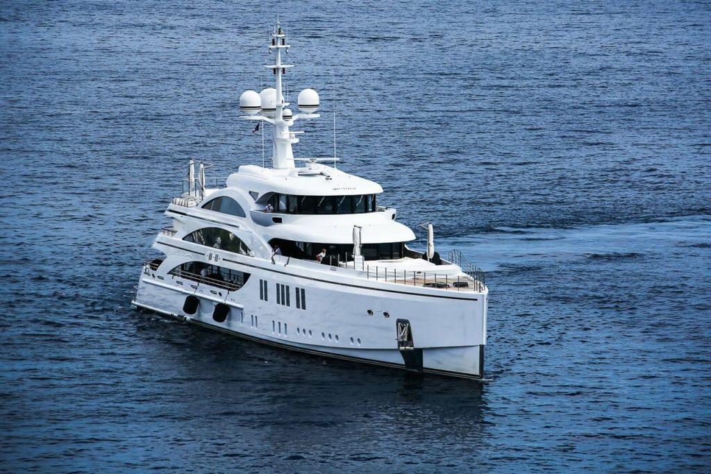 Yacht 11 11