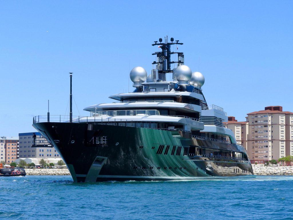 Crescent yachtyacht Crescent