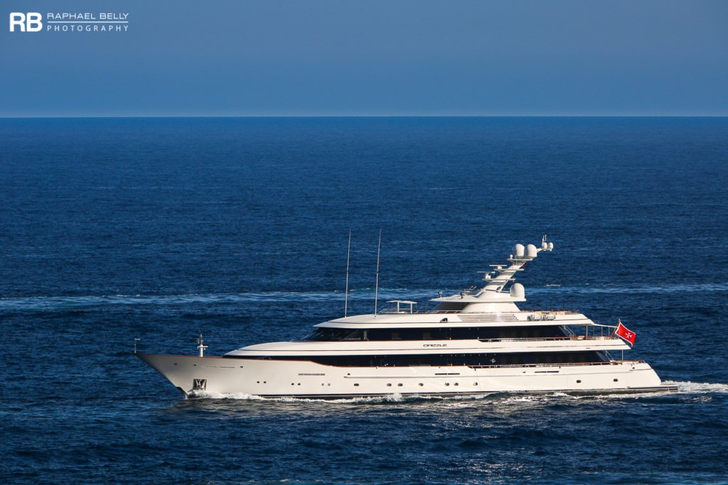 yacht Drizzle – 69m – Feadship