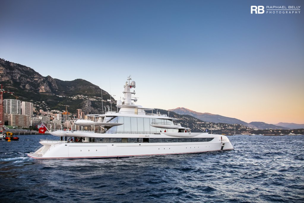 Excellence yacht - Herb Chambers