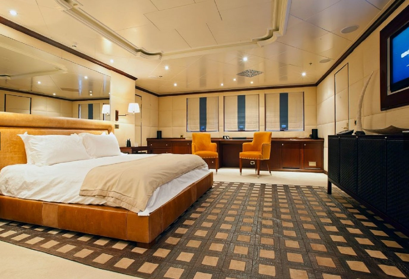 yacht Force Blue interior