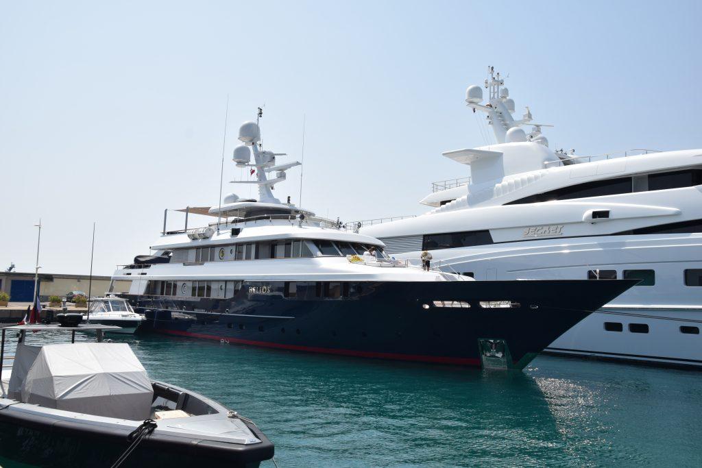 yacht Helios 2