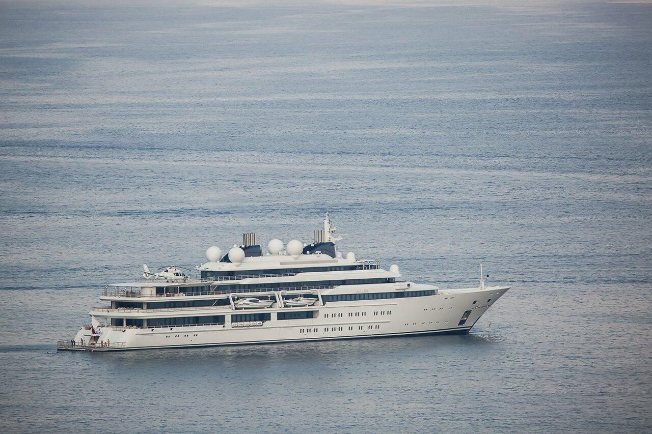 yacht Katara – 124m – Lurssen