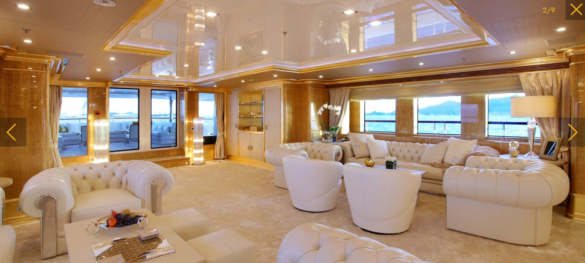 yacht Lady Lara interior