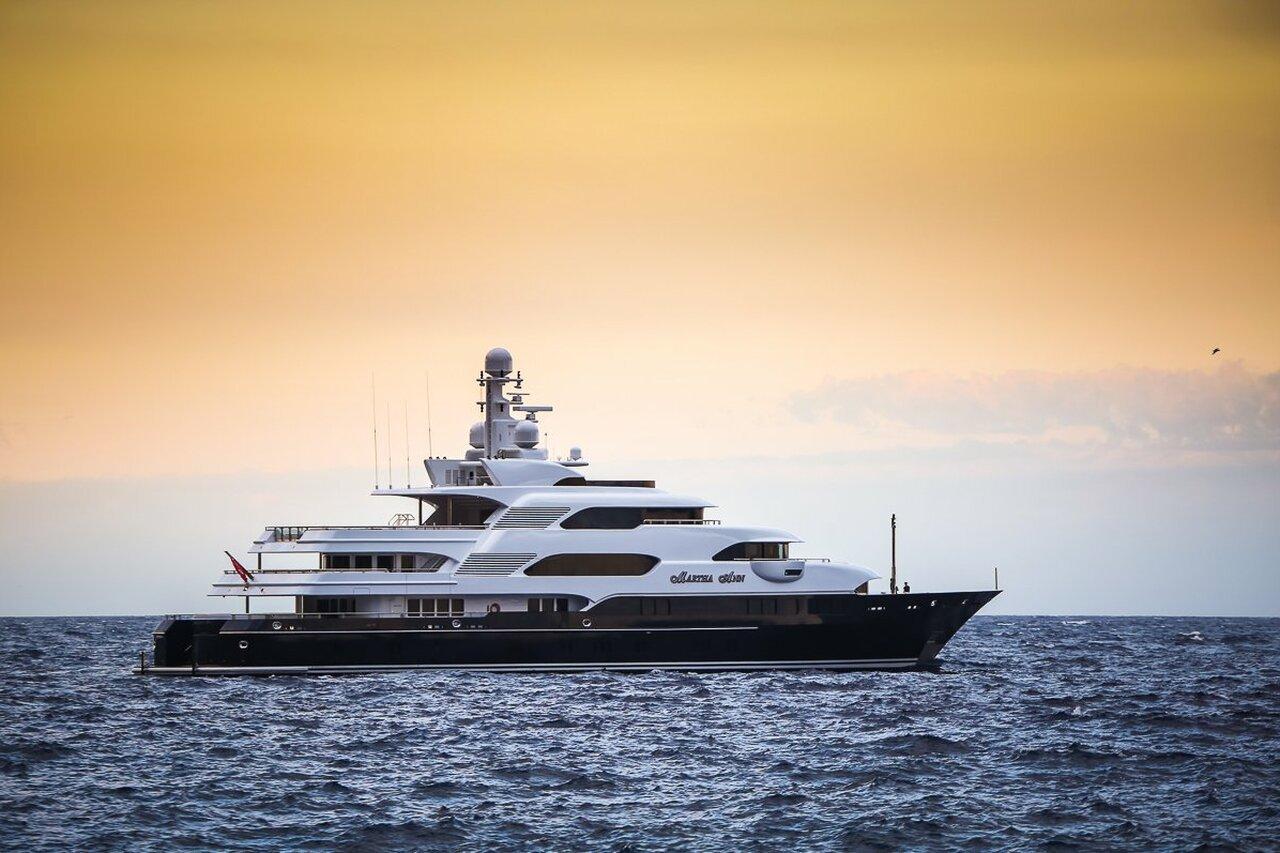 yacht Horizons III