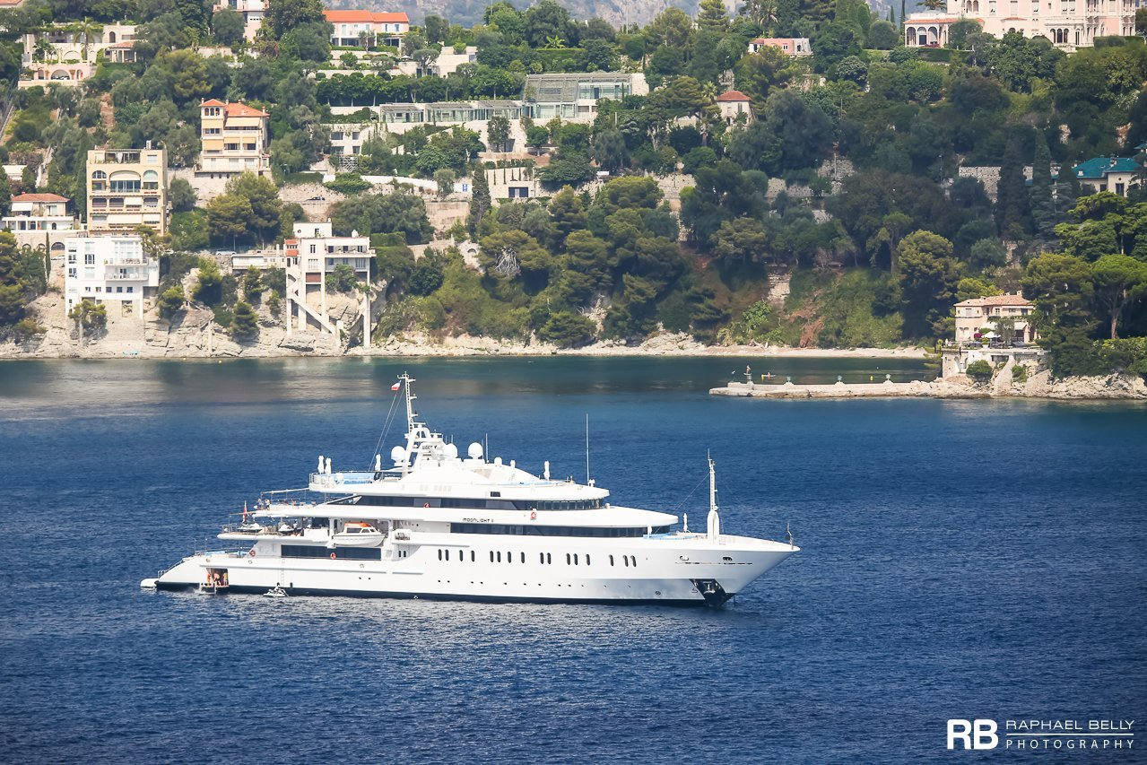 yacht Moonlight II – 91m – Neorion