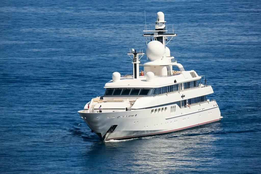 yacht Mylin IV – 61m – Feadship - Micky Arison