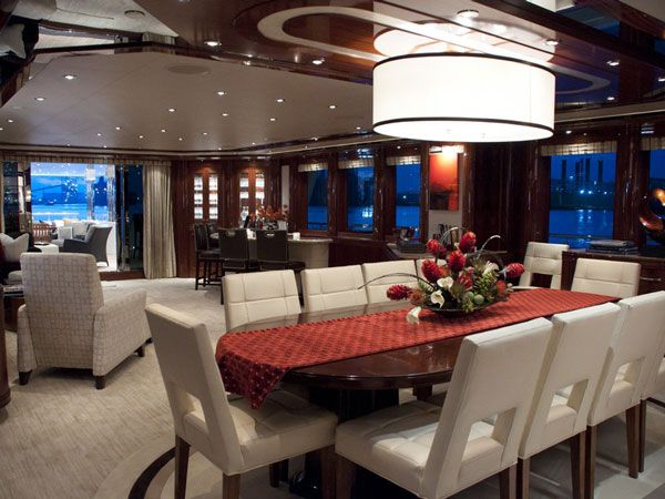 yacht Boardwalk interior