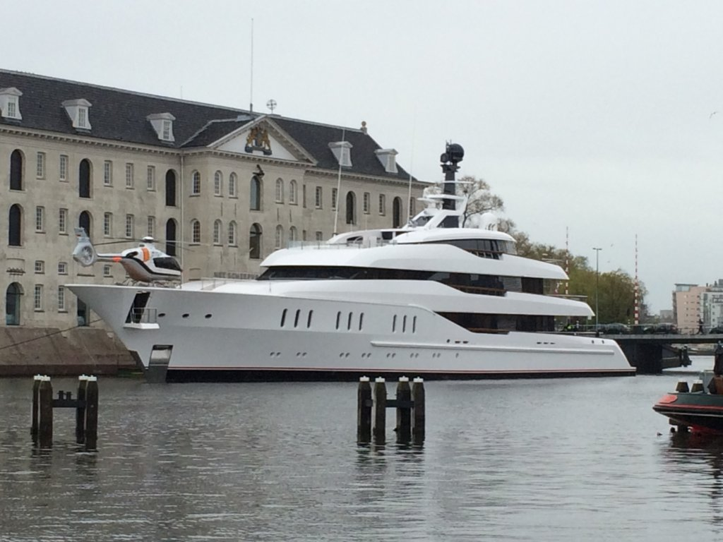 Feadship yacht Hampshire