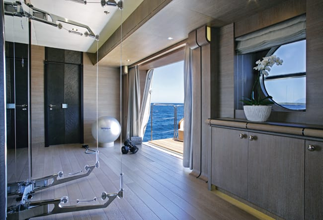 yacht Lady M interior