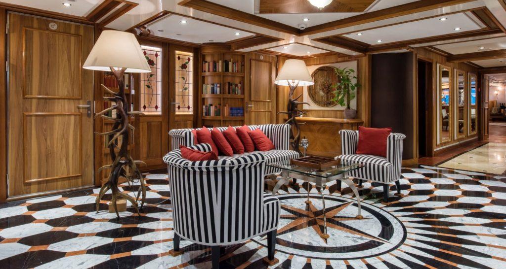 yacht Legend interior