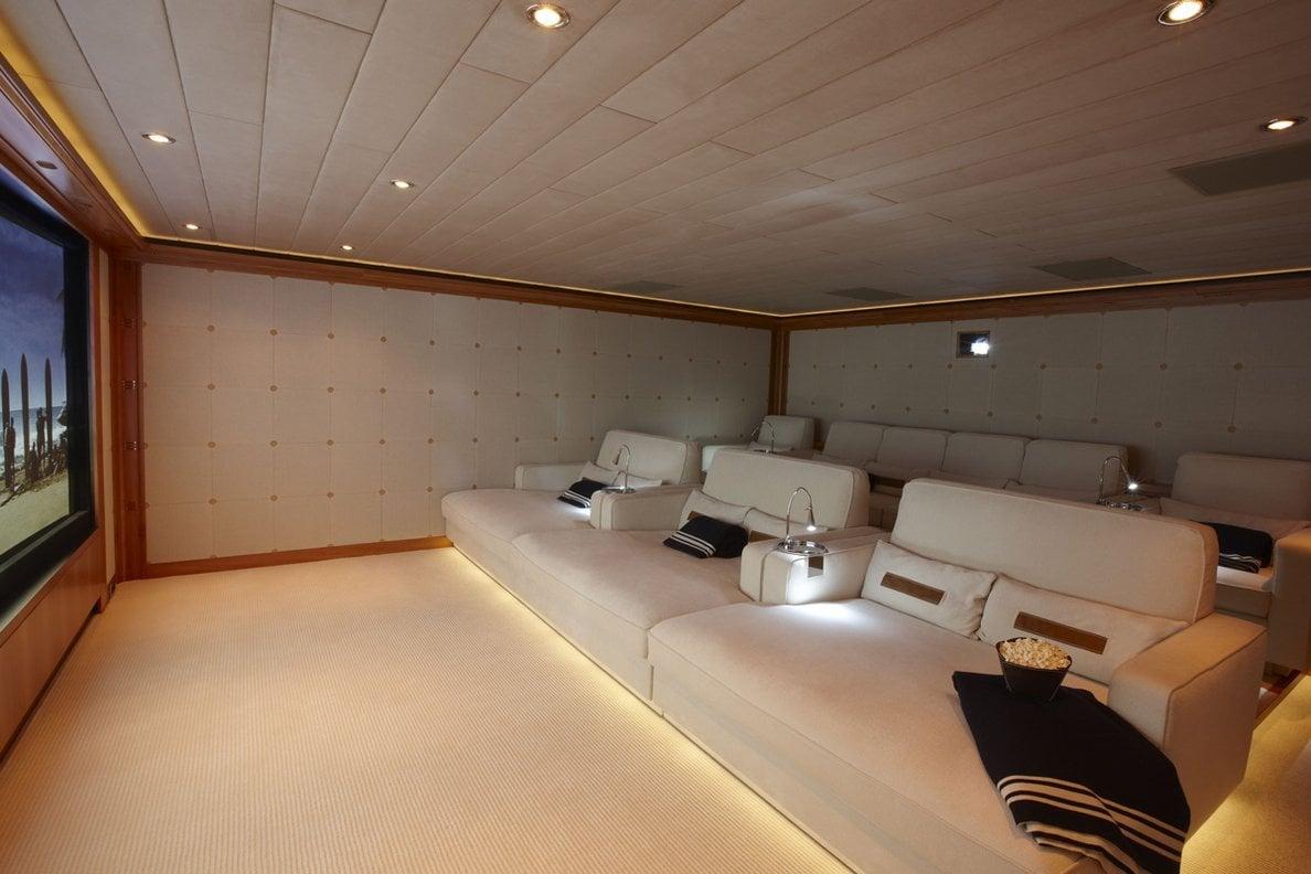 yacht Ocean Victory interior