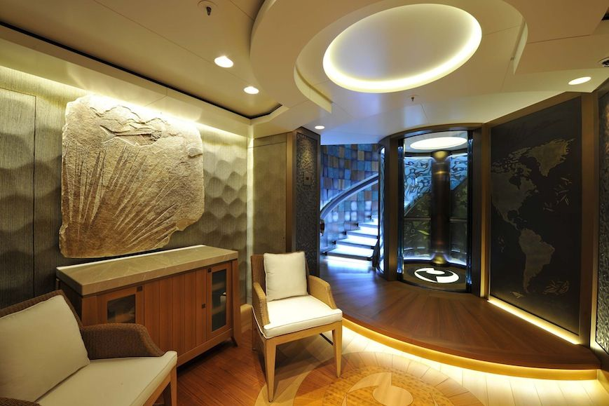 yacht Pacific interior