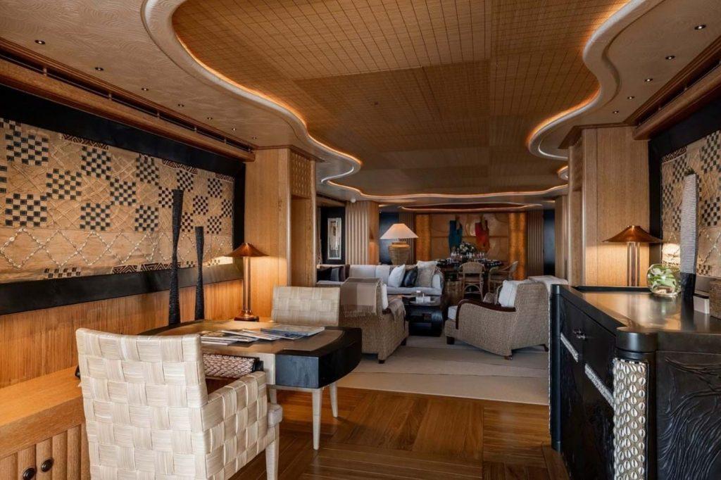 yacht Sussurro interior