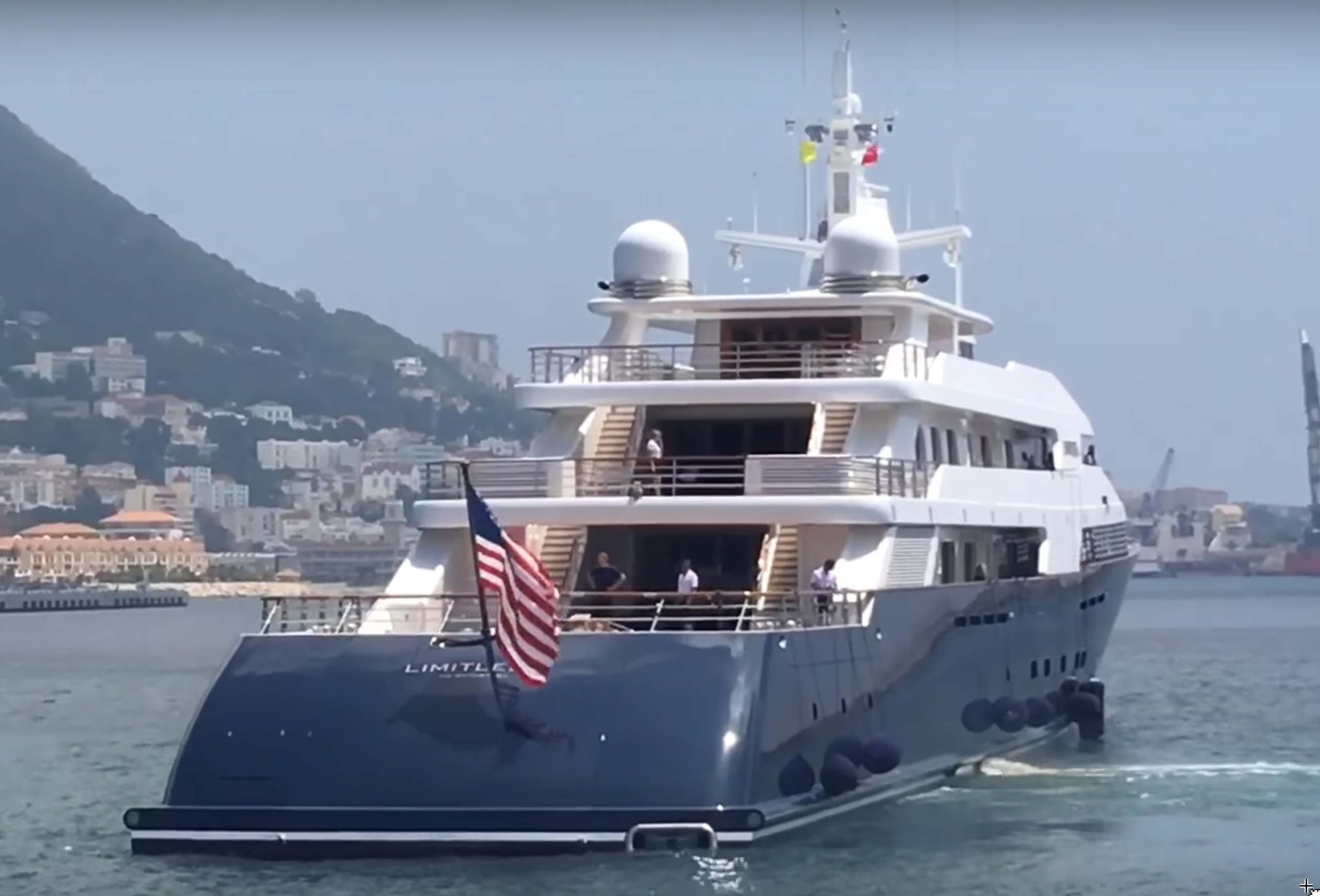 Limitless yacht
