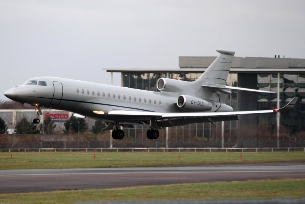 OY-OLD Dassault Falcon 8X Bertil Hult