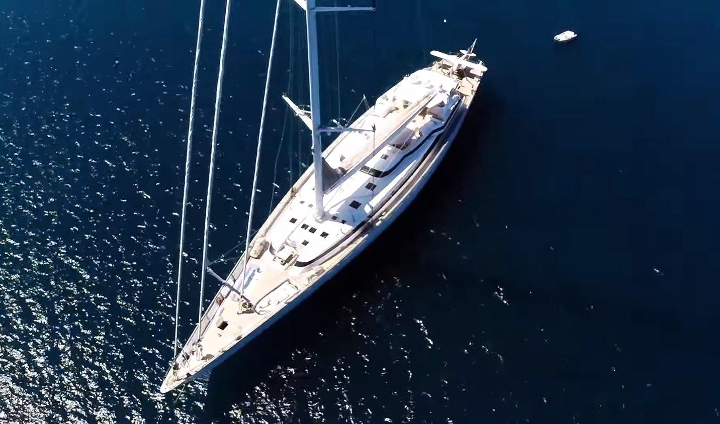 sailing yacht M5