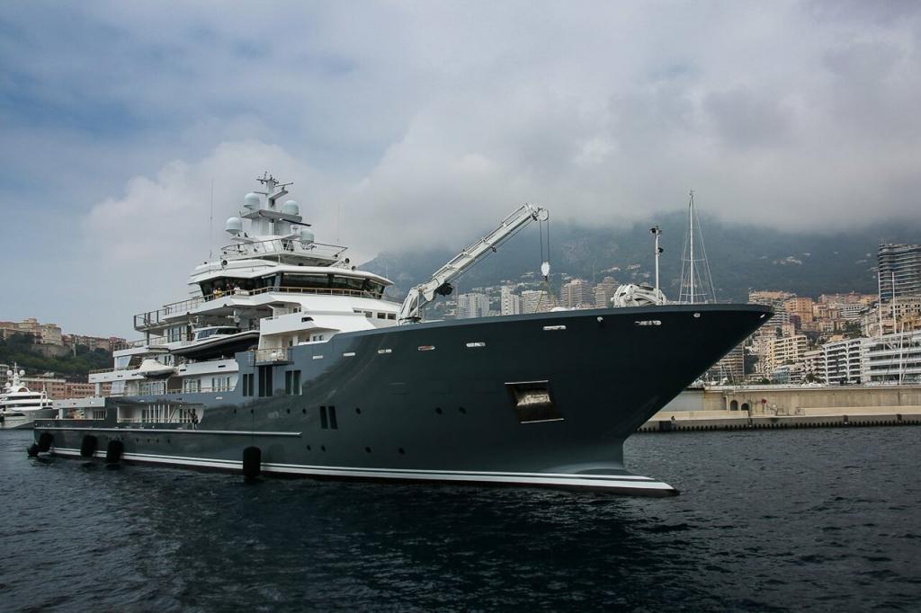 yacht Andromeda