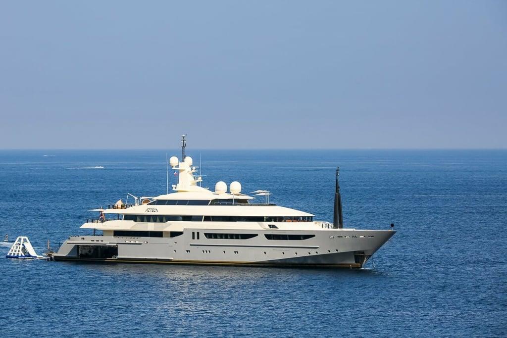 yacht Azteca - 72m - CRN