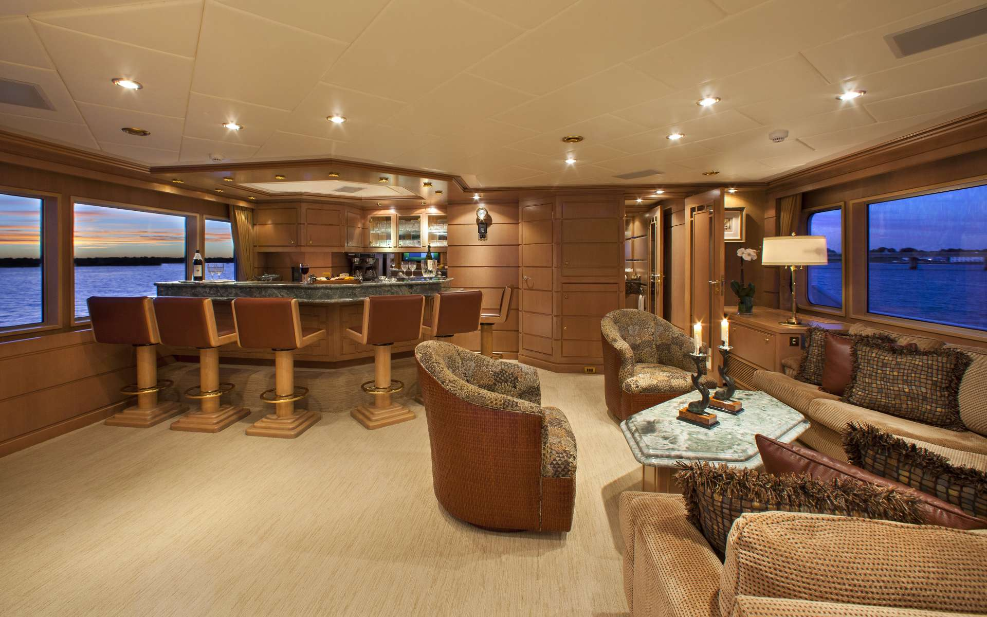 yacht-Chantal-Ma-Vie-interior
