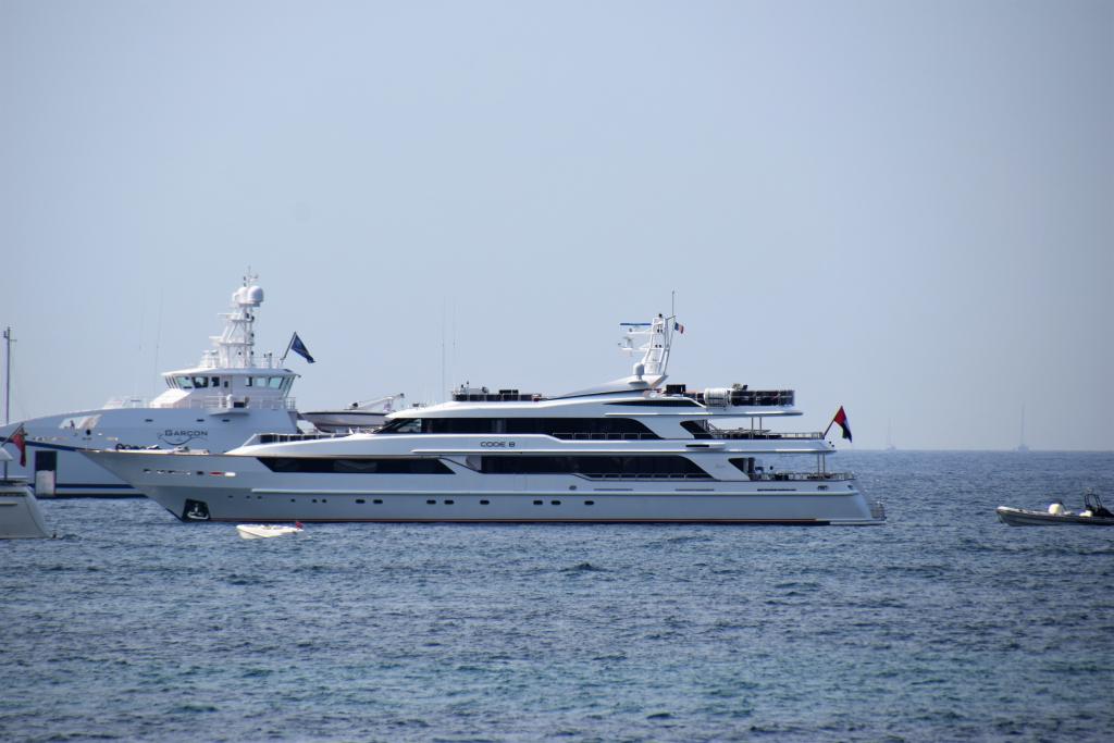yacht Code 8