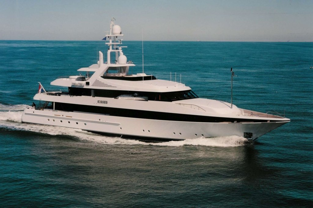 Kisses yacht - Feadship - 2000