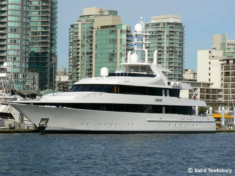 Kisses yacht - Feadship - 2000