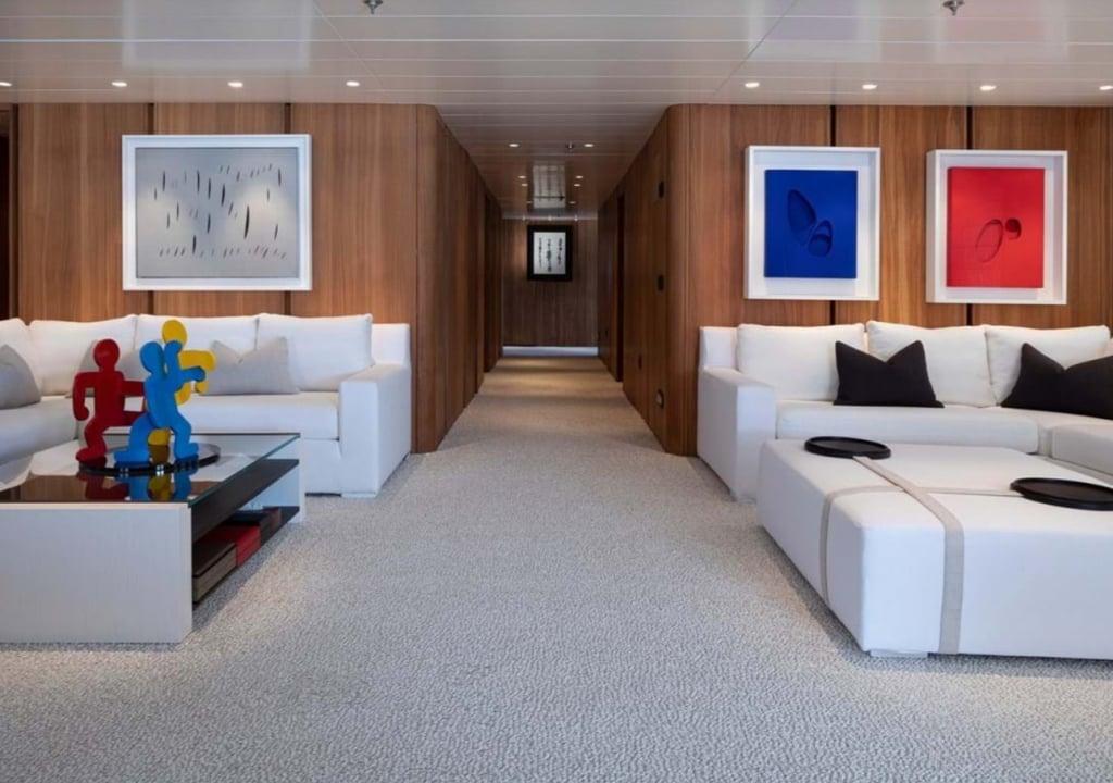 yacht Olivia interior