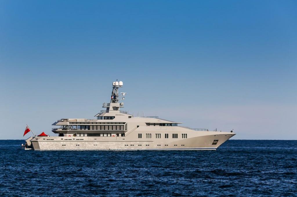yacht Skat – 71m – Lurssen - Charles Simonyi