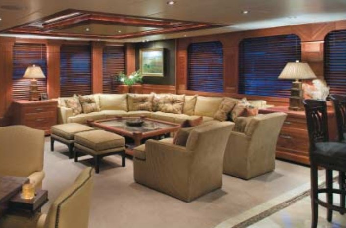 yacht After Eight interior