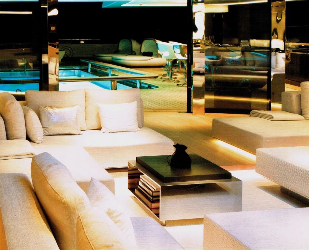 yacht Vava II interior
