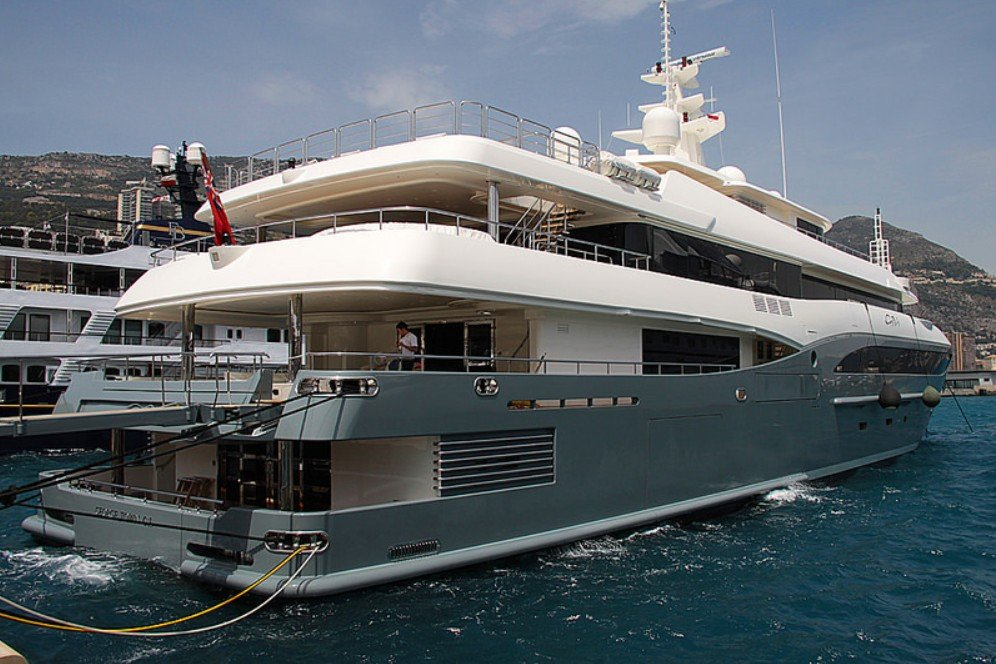 Constance yacht