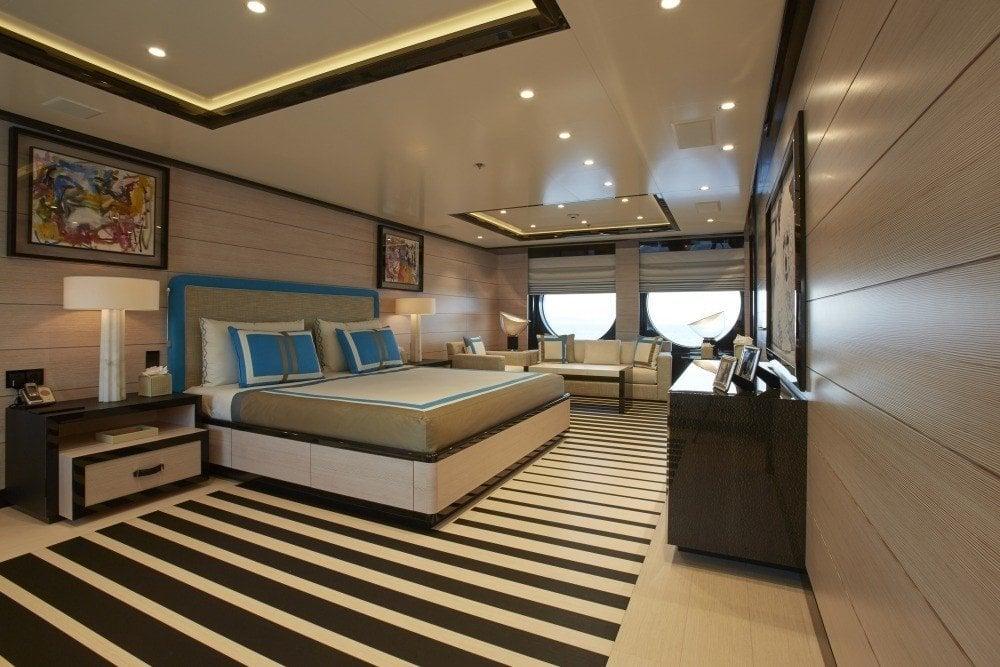 yacht-Madame-Kate-interior
