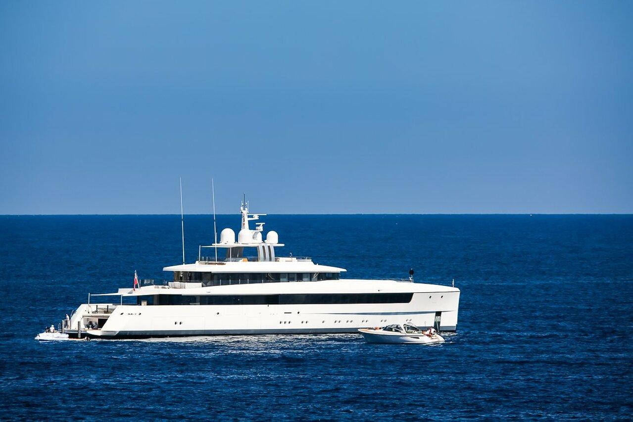 yacht Najiba – 58m – Feadship