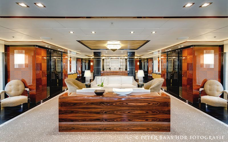 yacht Party Girl interior