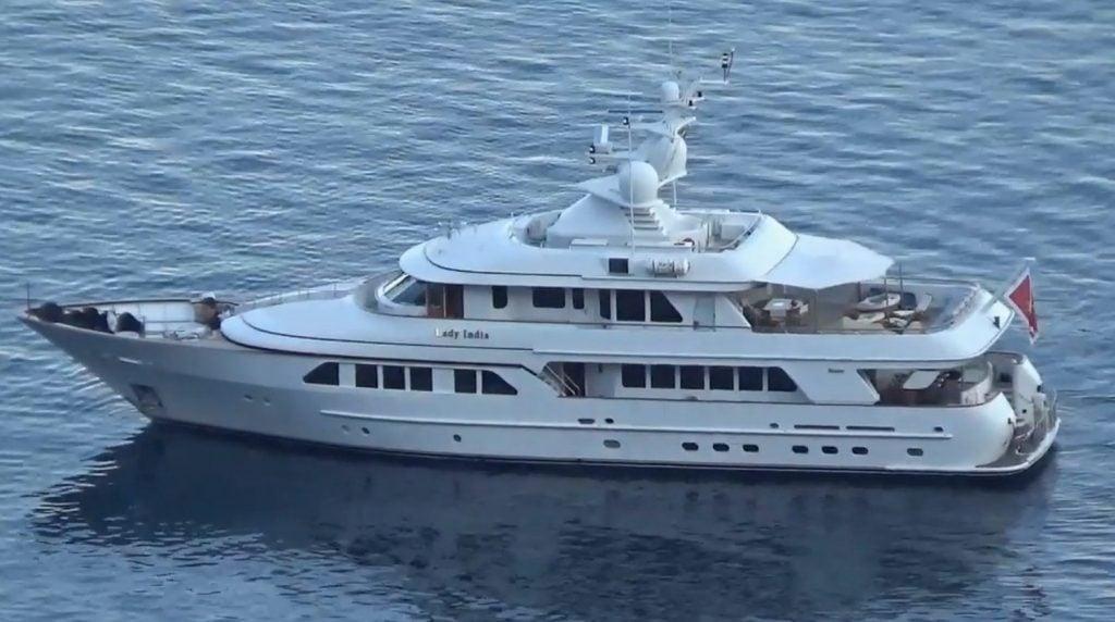 yacht Lady Charlotte – Feadship -2003 – Wim Beelen