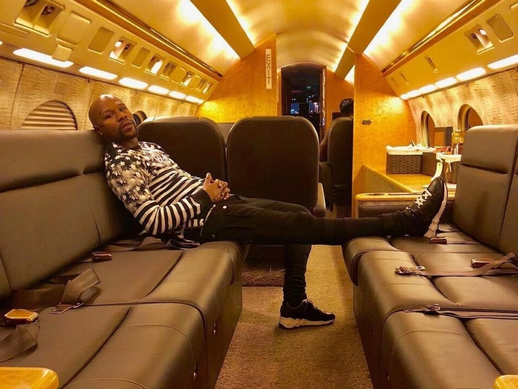 N151SD GIV interior Floyd Mayweather private jet